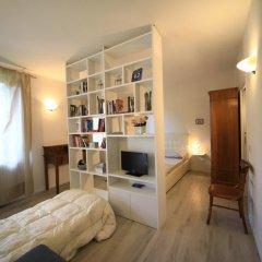 Отель Fabio Apartments San Gimignano Италия, Сан-Джиминьяно - отзывы, цены и фото номеров - забронировать отель Fabio Apartments San Gimignano онлайн комната для гостей фото 4