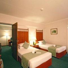 Bangkok Palace Hotel 4* Улучшенный номер с различными типами кроватей фото 4