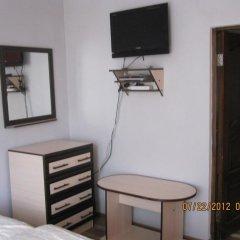 Отель Guest House NUR Кыргызстан, Каракол - отзывы, цены и фото номеров - забронировать отель Guest House NUR онлайн удобства в номере