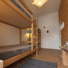 Отель Marina Lounge Hostel Португалия, Понта-Делгада - отзывы, цены и фото номеров - забронировать отель Marina Lounge Hostel онлайн интерьер отеля фото 2