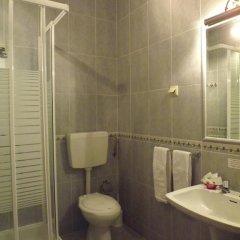 Hotel Louro 3* Стандартный номер двуспальная кровать фото 12