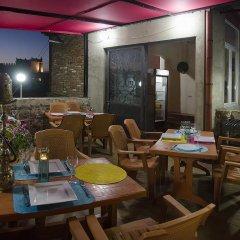 Отель TiflisLux Boutique Guest House 2* Номер категории Эконом с различными типами кроватей фото 5