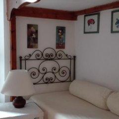 Отель B&b Al Giardino Di Alice 2* Стандартный номер фото 19
