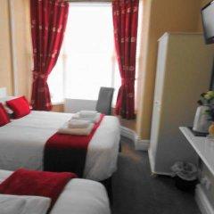 Отель Lyndhurst Guest House 3* Стандартный номер с 2 отдельными кроватями фото 3