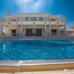 Отель Akefalou Sea View Villa Кипр, Протарас - отзывы, цены и фото номеров - забронировать отель Akefalou Sea View Villa онлайн бассейн