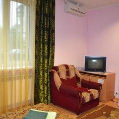 Hotel Oktyabr'skaya On Belinskogo Стандартный семейный номер разные типы кроватей фото 4