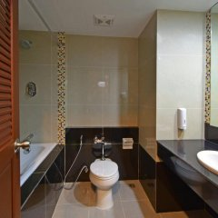 Siam Oriental Hotel 3* Улучшенный номер с 2 отдельными кроватями