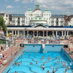 Отель Grand Market Luxury Apartments Венгрия, Будапешт - отзывы, цены и фото номеров - забронировать отель Grand Market Luxury Apartments онлайн бассейн фото 2