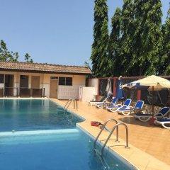 Отель Kesdem Hotel Гана, Тема - отзывы, цены и фото номеров - забронировать отель Kesdem Hotel онлайн бассейн