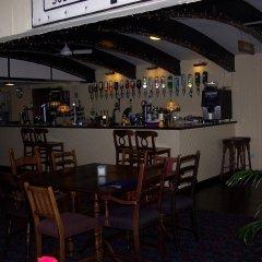 Отель The Old Ferry Inn гостиничный бар