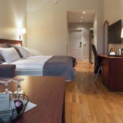 Отель Karl Johan Hotell 3* Стандартный семейный номер с двуспальной кроватью фото 2