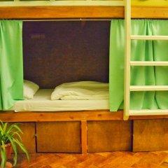 Хостел Fight night (закрыт) Кровать в женском общем номере с двухъярусными кроватями фото 3