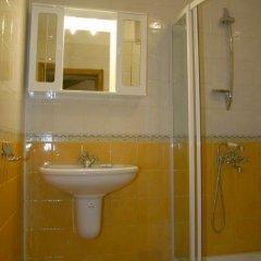 Отель Todorova House Банско ванная