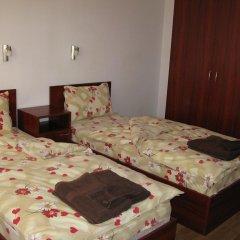 Апартаменты Krasi Apartments in Zornitsa Complex Чепеларе комната для гостей фото 4