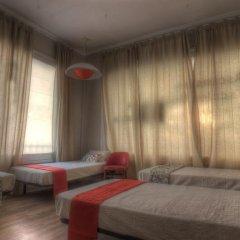 Отель Camino Bed and Breakfast 3* Кровать в женском общем номере фото 6