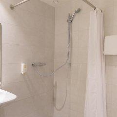 Отель easyHotel Brussels City Centre 3* Улучшенный номер с различными типами кроватей