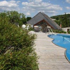 Отель Le Sina бассейн