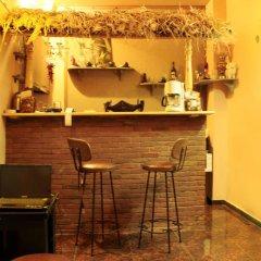 Quiet Corner Hotel гостиничный бар