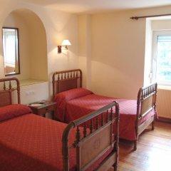 Отель Hostal Ayestaran I Испания, Ульцама - отзывы, цены и фото номеров - забронировать отель Hostal Ayestaran I онлайн комната для гостей фото 2