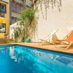 Отель Carre de L'alzina Apartment Испания, Барселона - отзывы, цены и фото номеров - забронировать отель Carre de L'alzina Apartment онлайн бассейн фото 3