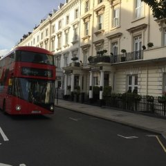 Huttons Hotel городской автобус