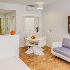 Апартаменты Lisbon Serviced Apartments - Bairro Alto комната для гостей фото 4