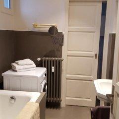 Отель Le Coeur du 6ème Франция, Лион - отзывы, цены и фото номеров - забронировать отель Le Coeur du 6ème онлайн ванная фото 2