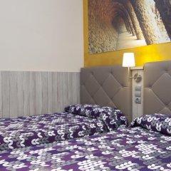 Отель Hostal Barcelona Стандартный номер с различными типами кроватей фото 20