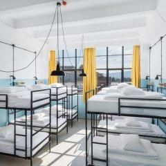 Fabrika Hostel & Suites - Hostel Кровать в общем номере с двухъярусной кроватью фото 7