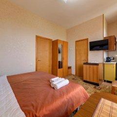 Гостиница Кузбасс Стандартный номер с двуспальной кроватью фото 9