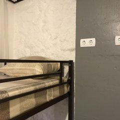 Fox Hostel Кровать в общем номере с двухъярусной кроватью фото 14