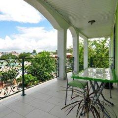 Гостиница Shartrez Guest House в Анапе отзывы, цены и фото номеров - забронировать гостиницу Shartrez Guest House онлайн Анапа балкон