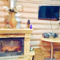 Гостиница Otdyh U Ozera в Изборске отзывы, цены и фото номеров - забронировать гостиницу Otdyh U Ozera онлайн Изборск интерьер отеля фото 2