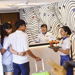 Отель Best Western Kuta Beach Индонезия, Бали - 1 отзыв об отеле, цены и фото номеров - забронировать отель Best Western Kuta Beach онлайн спортивное сооружение