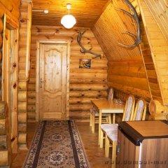 Гостиница Меридиан Стандартный семейный номер с двуспальной кроватью (общая ванная комната) фото 2