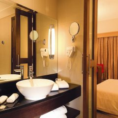 Отель Novotel Dubai Deira City Centre 4* Стандартный номер с различными типами кроватей