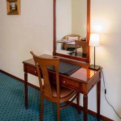 Отель Churchill 4* Стандартный номер с различными типами кроватей фото 5