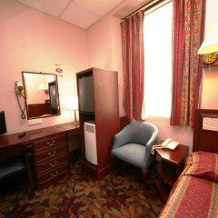 Отель Bristol 3* Стандартный номер с различными типами кроватей фото 3