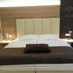 Отель Guesthouse Aleš 3* Стандартный семейный номер с двуспальной кроватью фото 2