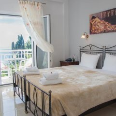Апартаменты Brentanos Apartments ~ A ~ View of Paradise Студия с различными типами кроватей фото 22