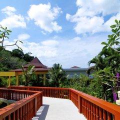 Отель Amala Grand Bleu Resort балкон