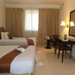 Al Muraqabat Plaza Hotel Apartments комната для гостей фото 2