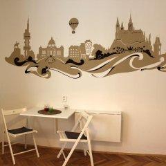 Апартаменты Bright Studio Kourimska комната для гостей фото 3