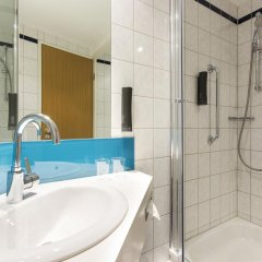 Отель Holiday Inn Express Düsseldorf City North 3* Стандартный номер с различными типами кроватей фото 7