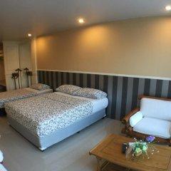 Отель Phuket Airport Suites & Lounge Bar - Club 96 Семейный люкс с двуспальной кроватью фото 6