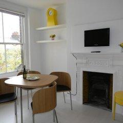 Отель Glenmore Suites Лондон комната для гостей фото 3