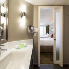 Отель Saskatoon Inn 3* Улучшенный номер с различными типами кроватей фото 3