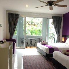 Отель Lovely Rest Стандартный семейный номер с разными типами кроватей фото 6