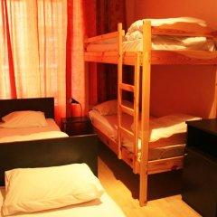 Хостел Бабушка Хаус Кровать в женском общем номере с двухъярусной кроватью фото 7