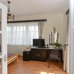 Budai Hotel 3* Стандартный номер с двуспальной кроватью фото 8